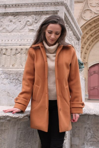 Réalisation du patron de couture du manteau Oana de Cha' coud